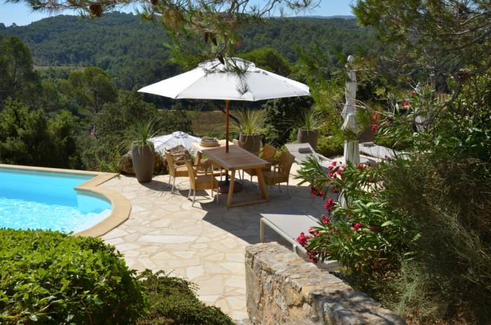 uitzicht vanaf Chambre d'Olive