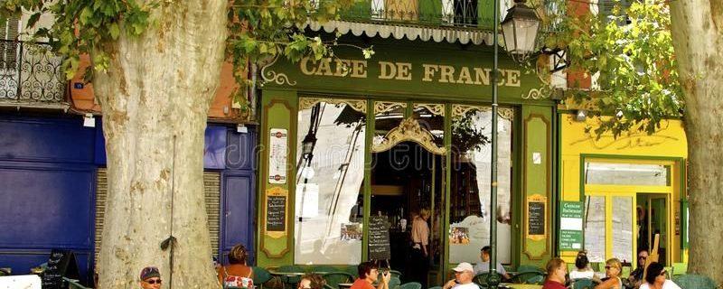Koffie op terras Frankrijk